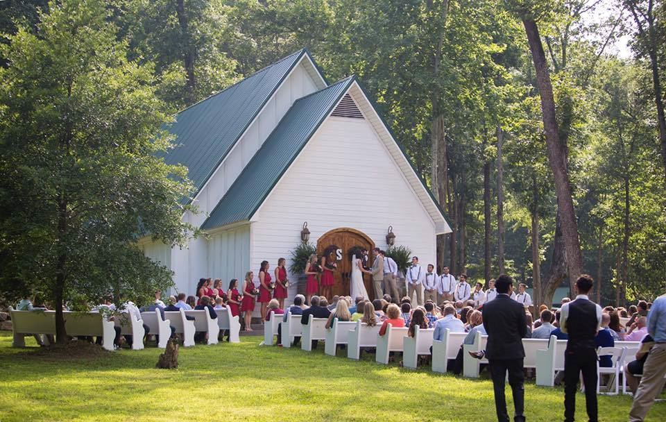 Lazy G Wedding Chapel and Cabin Rentals - 4