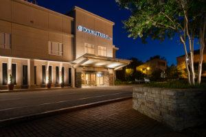 DoubleTree by Hilton Hotel Raleigh Brownstone University - 7