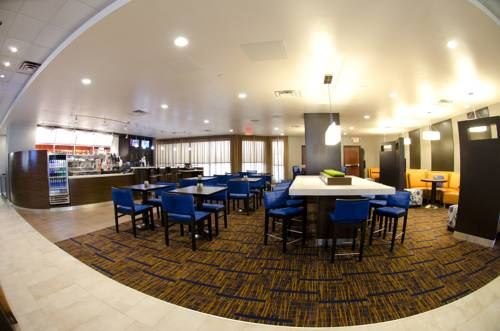 Courtyard by Marriott Waterbury Downtown - 7