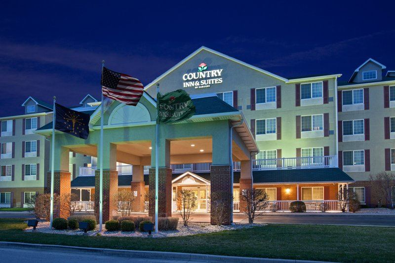 Country Inn and Suites By Carlson, Indianapolis Airport South - 1