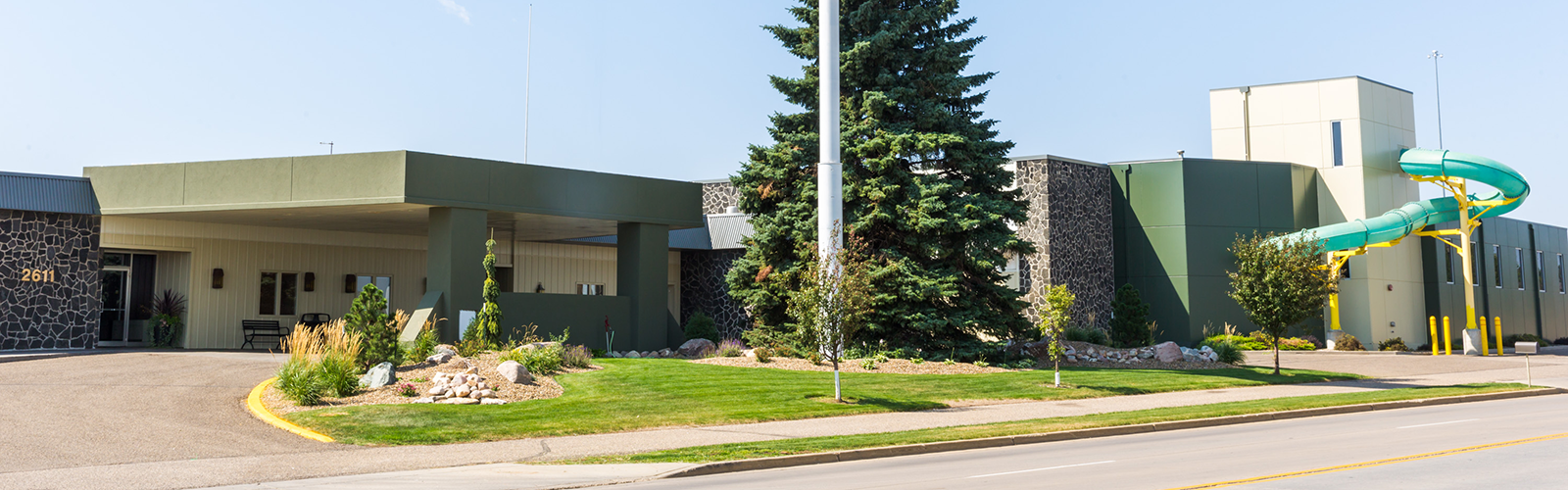 Baymont Inn and Suites Mandan - 4