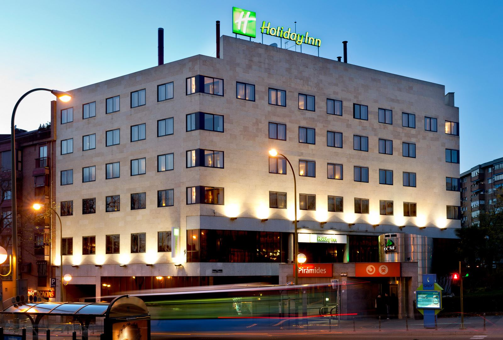 Holiday Inn Madrid Piramides - 1