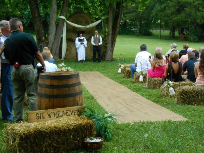 Avans Farm Weddings - 2