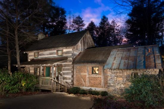 The Inn At Half Mile Farm Highlands North Carolina Wedding Venue
