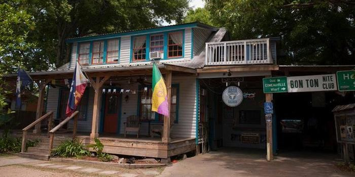 Blue Moon Saloon & Guesthouse - 5
