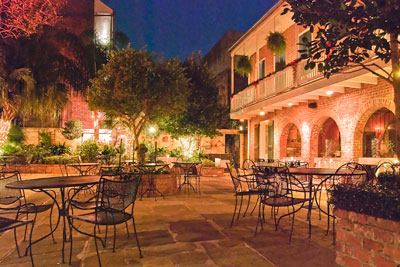 Broussard's Restaurant and Courtyard - 6