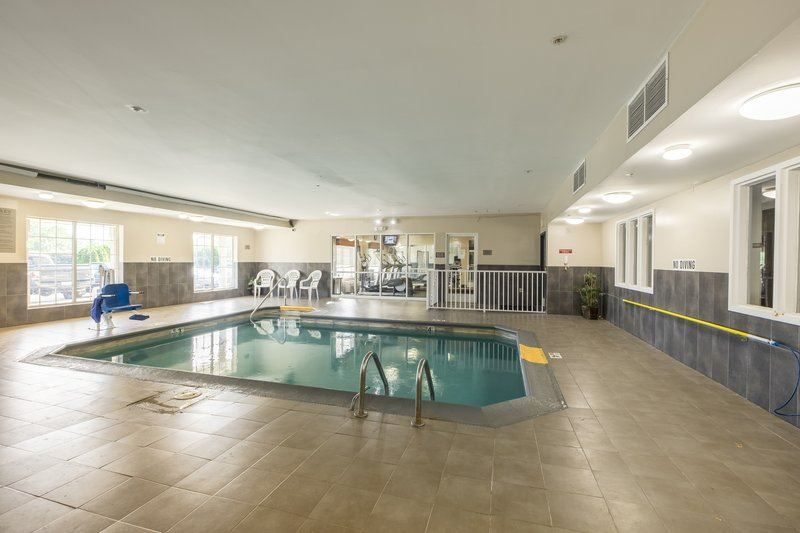 Country Inn and Suites by Carlson, Matteson - 5