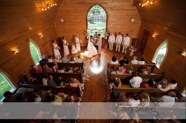 Lazy G Wedding Chapel and Cabin Rentals - 2