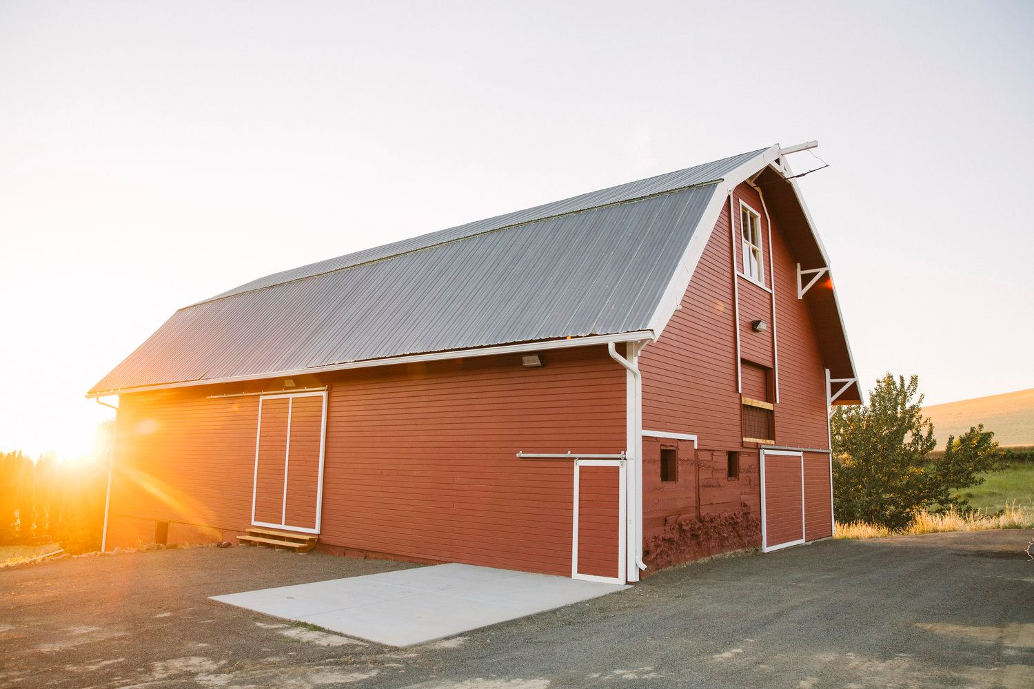 Red Star Barn - 2