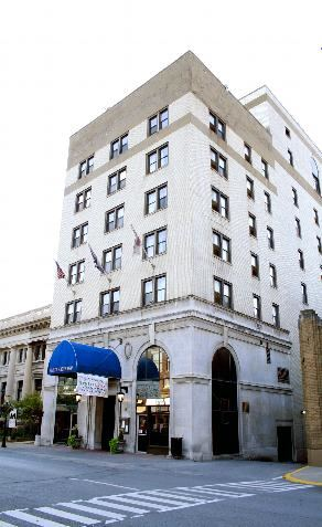 Historic Clarion Hotel Morgan - 1