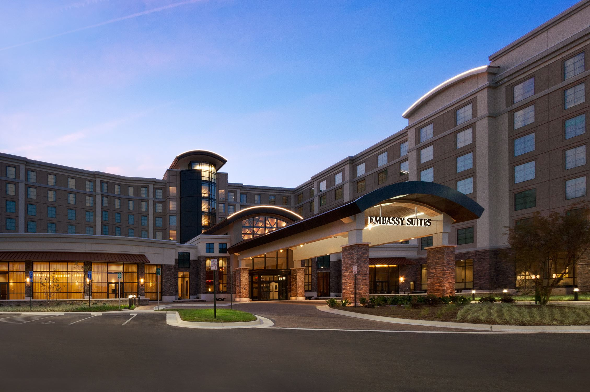 Embassy Suites Springfield - 1