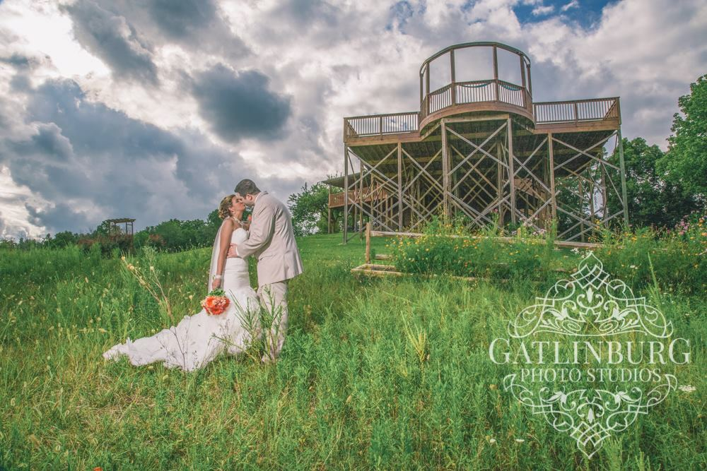 Flower Mountain Weddings Sevierville Tn Wedding Venue