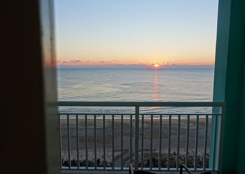 Hilton Ocean City Oceanfront Suites - 3