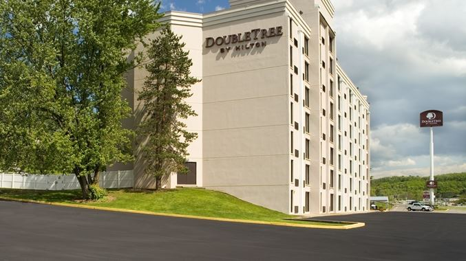 Doubletree by Hilton Hotel Pittsburgh - Meadow Lands - 3