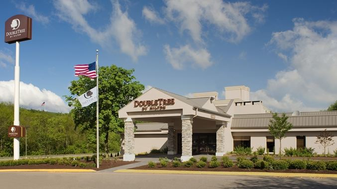 Doubletree by Hilton Hotel Pittsburgh - Meadow Lands - 2