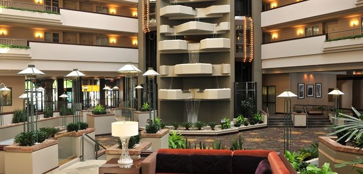 Embassy Suites Hotel Des Moines  Downtown - 7