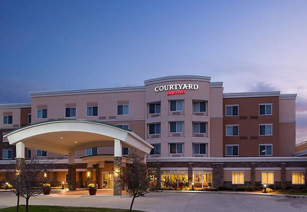 Courtyard Marriott  Ankeny - 1