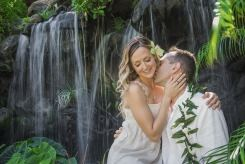 Hawaii Weddings - 7