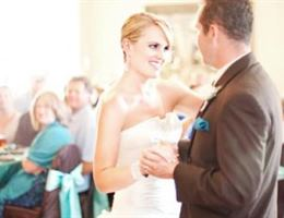 Canyon Oaks Country Club is a  World Class Wedding Venues Gold Member
