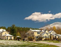 The Red Clover Inn And Restaurant is a  World Class Wedding Venues Gold Member