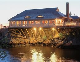 Squantum Association is a  World Class Wedding Venues Gold Member