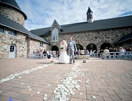 Castle Farm is a  World Class Wedding Venues Gold Member