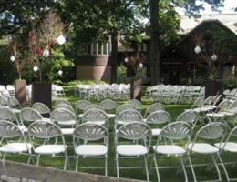 Charles H. MacNider Art Museum is a  World Class Wedding Venues Gold Member