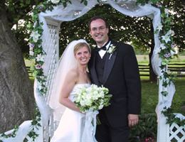 Homestead Meadows Farm is a  World Class Wedding Venues Gold Member