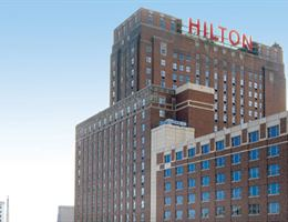 Hilton Milwaukee is a  World Class Wedding Venues Gold Member