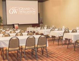 Grand Williston Hotel and Conference Center is a  World Class Wedding Venues Gold Member