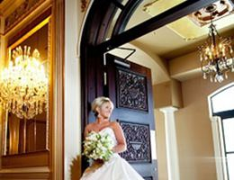 The Grand Marquise Ballroom is a  World Class Wedding Venues Gold Member