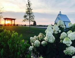 Howe Farms is a  World Class Wedding Venues Gold Member
