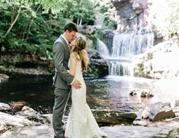 Skytop Lodge is a  World Class Wedding Venues Gold Member
