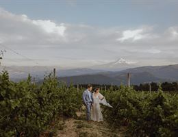 Gorge Crest Vineyards is a  World Class Wedding Venues Gold Member