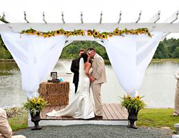 The Coleman Barn is a  World Class Wedding Venues Gold Member