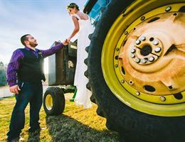 Desi's Farm Outdoor Wedding Venue is a  World Class Wedding Venues Gold Member