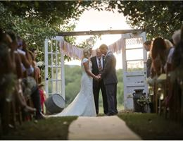 J and D Farms is a  World Class Wedding Venues Gold Member