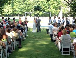 Maple Grove Farm is a  World Class Wedding Venues Gold Member
