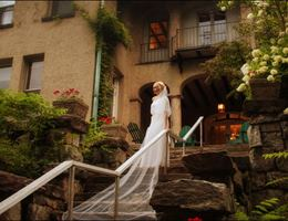 Arrow Park Lake and Lodge is a  World Class Wedding Venues Gold Member