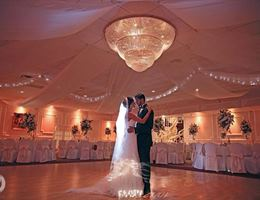The Berkeley Plaza is a  World Class Wedding Venues Gold Member