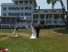 Emerson Inn By The Sea is a  World Class Wedding Venues Gold Member