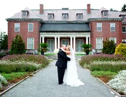 The Gardens at Elm Bank is a  World Class Wedding Venues Gold Member