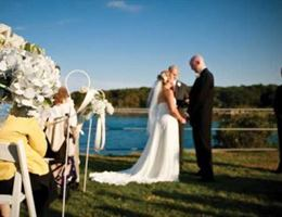 Stage Neck Inn is a  World Class Wedding Venues Gold Member