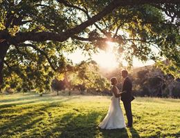 Triple S Ranch is a  World Class Wedding Venues Gold Member