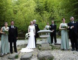 Hakone Estate And Gardens is a  World Class Wedding Venues Gold Member