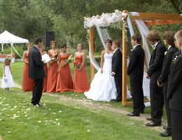 The Ponds At Dry Creek is a  World Class Wedding Venues Gold Member