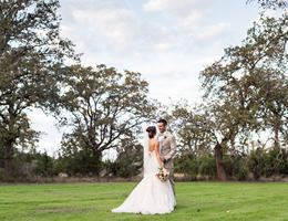 Kinfred Oaks is a  World Class Wedding Venues Gold Member