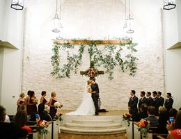 Briscoe Manor is a  World Class Wedding Venues Gold Member