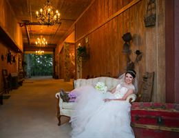Rustic Rose is a  World Class Wedding Venues Gold Member