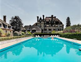 Chateau du Doux is a  World Class Wedding Venues Gold Member